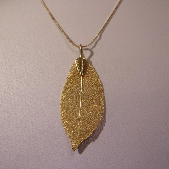 Vintage Gold leaf and emerald chain necklace